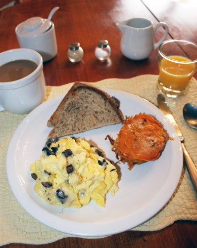 Breakfast, Yellow Farmhouse Inn, Waitsfield, Vermont