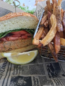 Lake House Pub, Salmon Burger
