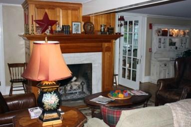 Dorset Inn Living Room