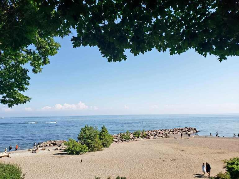 Free things to do in Toronto: Spend a day at the beach.