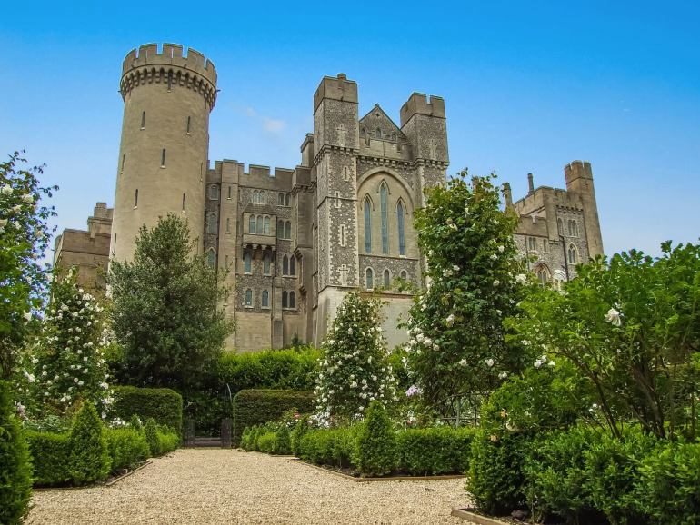 Day trips from London by Train : Arundel Castle