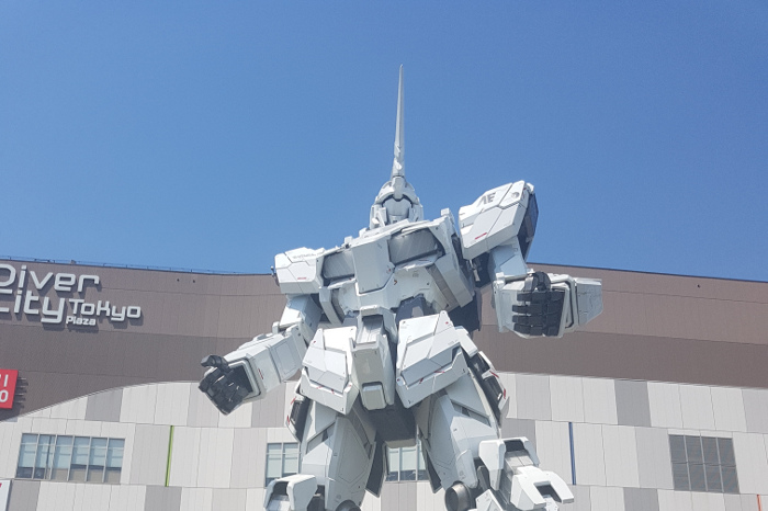 Things to do in Tokyo: Gundam Statue at Odaiba