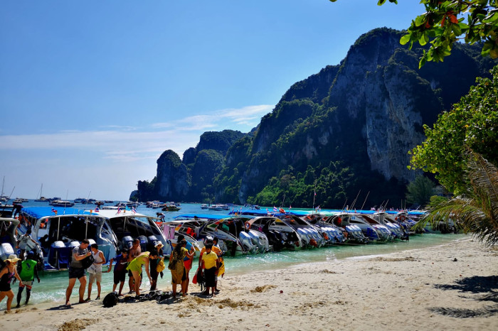 Things to do in Krabi Thailand: Koh Phi Phi Don