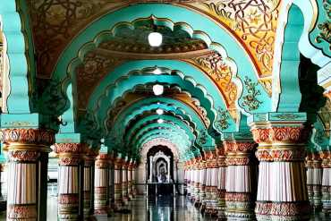 Best tourist places to visit in South India - Mysore Palace, Karnataka