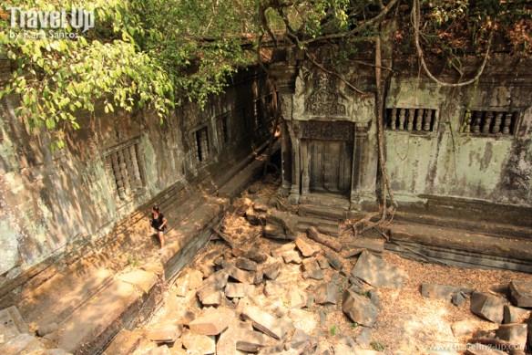 beng melea temple cambodia secret doorway