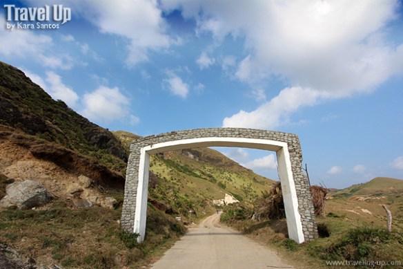 sabtang island batanes chamantad arch