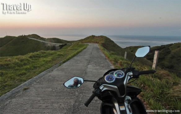 motorcycle batanes vayang rolling hills