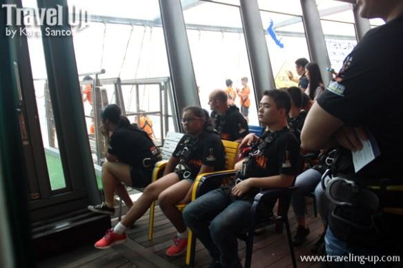 05. aj hackett macau tower china people