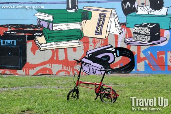 nyfti folding bike mural by faile BGC