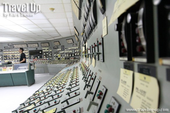 bataan nuclear power plant control room side