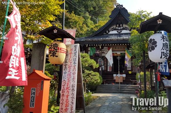 takayama autumn festival japan decorated houses