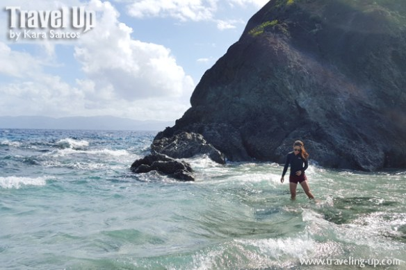 caramoan island hopping catanaguan island waves crashing