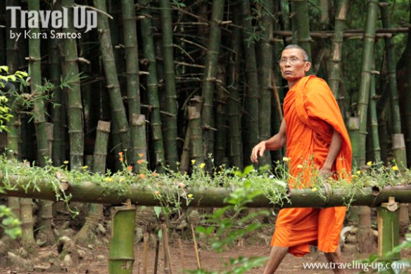 day 6 mon village kanchanauri thailand monk
