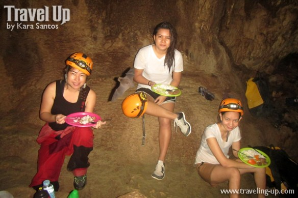 10-lobo-cave-jiabong-samar-lunch