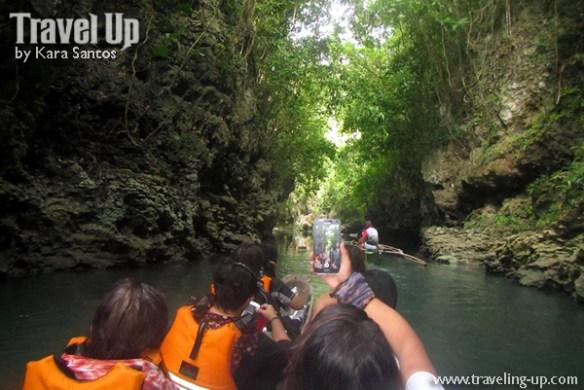 17-lobo-cave-jiabong-samar-boat-canyons