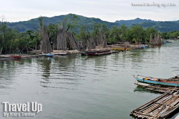 19-jiabong-samar-view-from-bridge-mussel-fishing