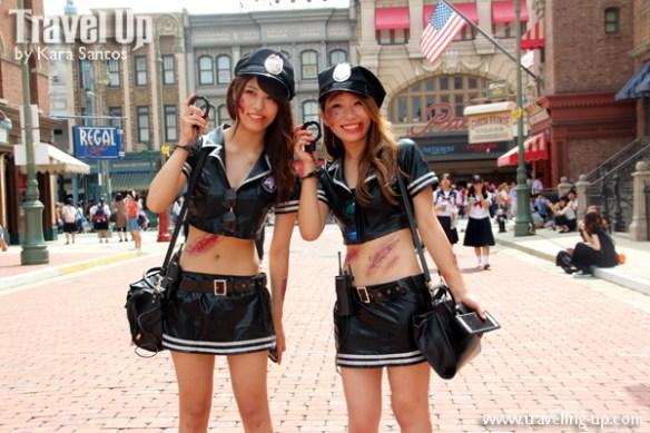 universal-studios-japan-costumes-zombie-policewomen