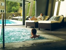 Relax In Great Hotel Enjoying Spa Breaks