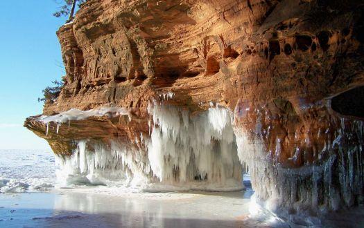 Apostle Island Sea Caves Ice Caves