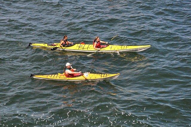 kayaking at the Apostle Island Sea Caves