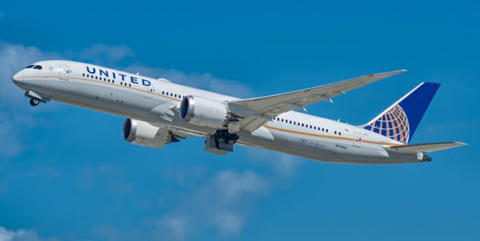United Airlines 787-9 Dreamliner