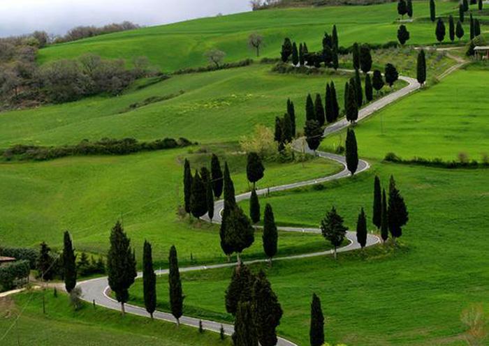Guida per la Toscana  Monticchiello e Villa La Foce in Toscana  Podere Santa Pia Casa Vacanze