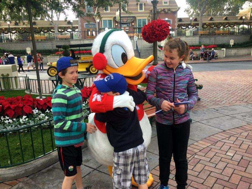 Disneyland Characters, Disneyland California, Disneyland resort, Traveling Islanders