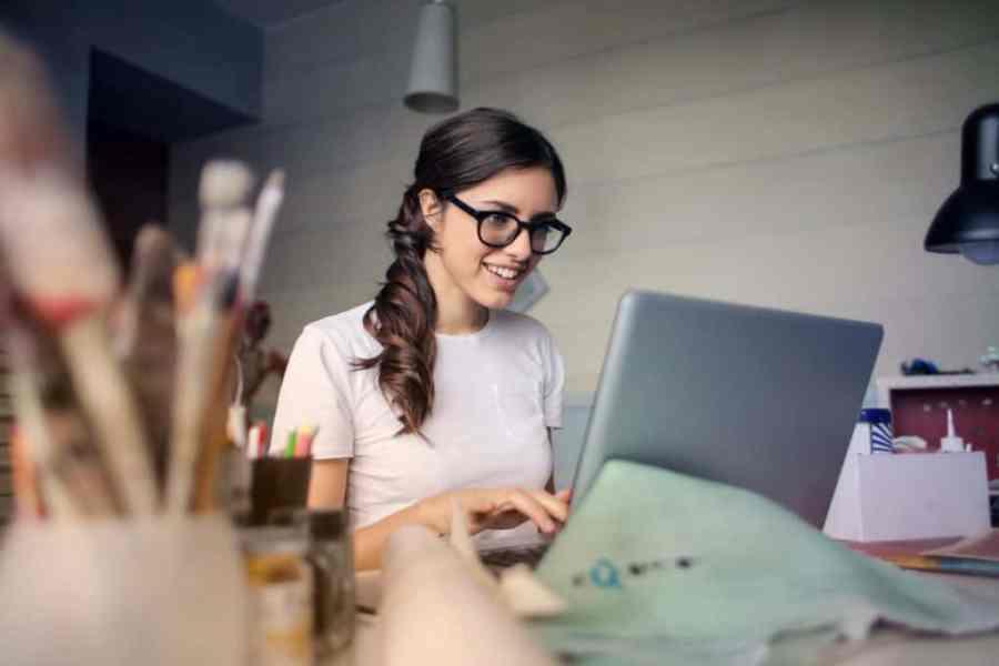 digital nomad jobs - virtual assistant