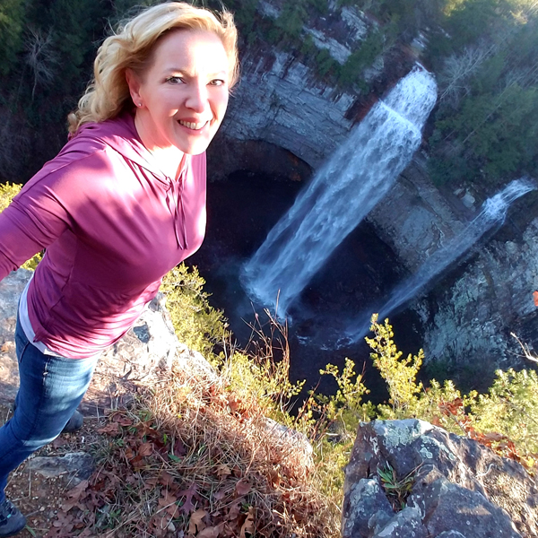 LowCarbTraveler - Chasing Waterfalls!
