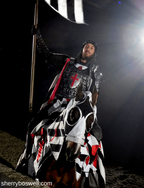 Myrtle Beach Family Fun | Medieval Times Myrtle Beach Black and White Knight