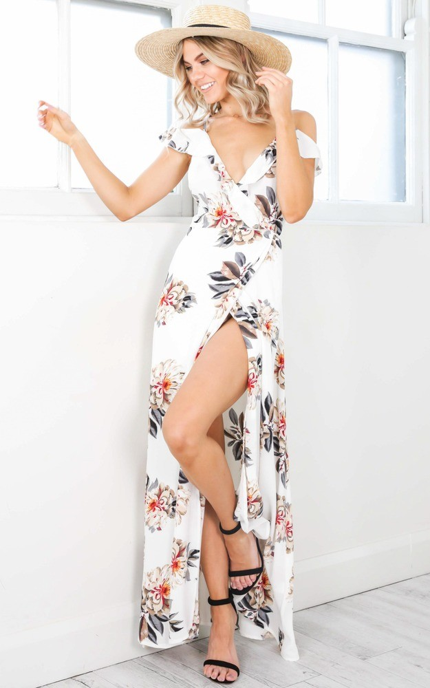 Maxi Dress | Photogenic Dress to Travel With This Summer | Summer Wardrobe | Summer Must-Haves