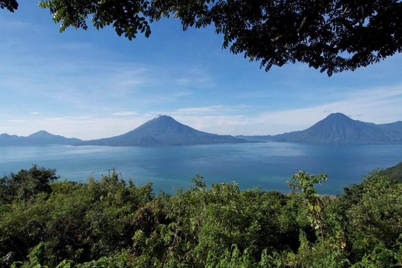 Blick über den Lago Atitlan, Guatemala