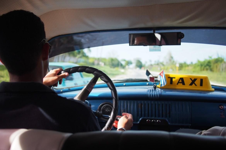 Taxifahrt in Kuba