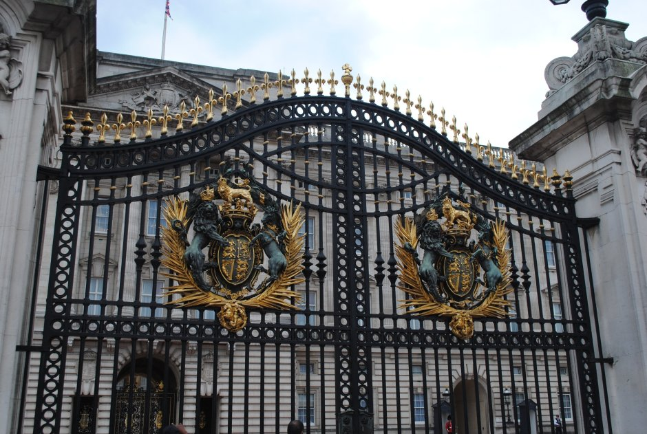 Best Things to Do in London by Greg Ogarrio