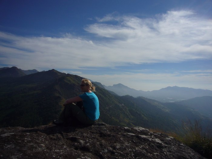 munnar-me-trekking-top