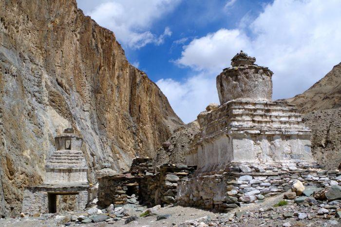stupa_way_markha