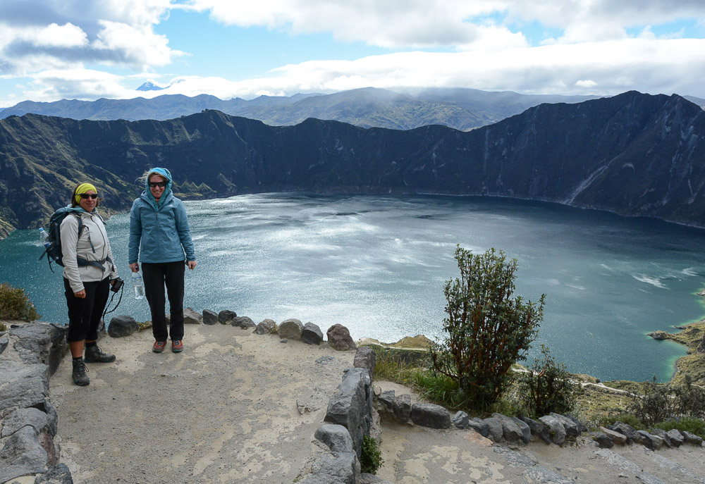 Traveling the World Ecuador Wandern Quilotoa Loop Anden Kratersee