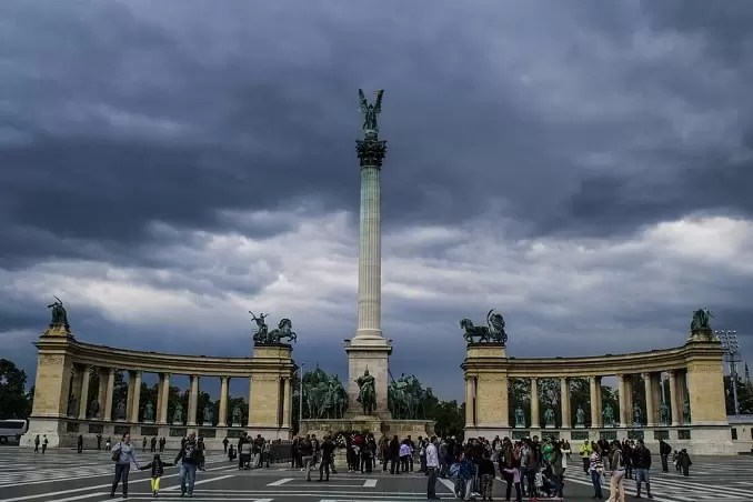 Heroes Square Budapest min - Budapest Travel Guide-What Every Tourist Should Know About Budapest