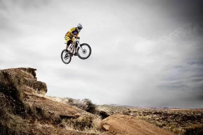 Mountain Biking e1556071518685 - Utah Outdoor Adventures: Things to Do on Your Utah Holiday