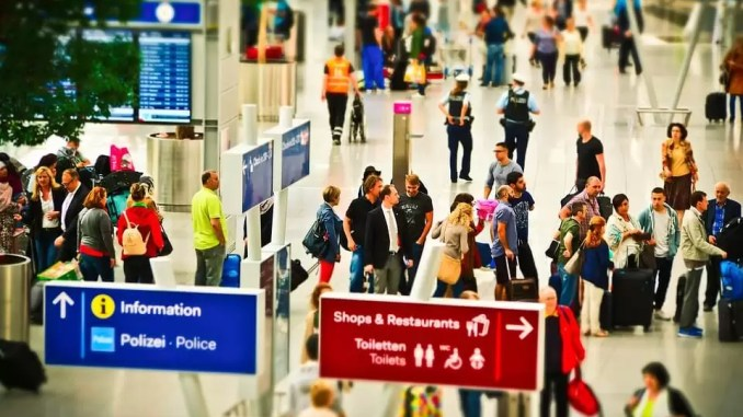 Airport Tips How To Reduce Airport Stress 678x381 - Airport Tips For International Travel