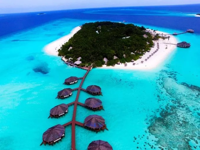5 Smallest but Hottest Tourist Destinations Maldives e1559724127829 - 5 Smallest but Hottest Tourist Destinations
