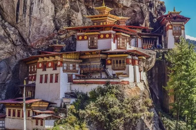 Tigers Nest Monastery Bhutan e1563531148105 - Visa Free Countries for Indians