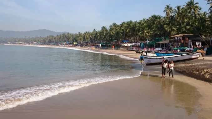 Palolem Beach 678x381 - Best Beaches in Goa India For Foreigners