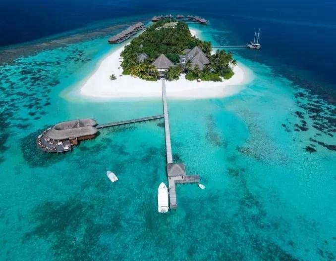Mirihi Island Resort Maldives e1570868406691 - 20 Best Maldives Resorts For Families And Couples