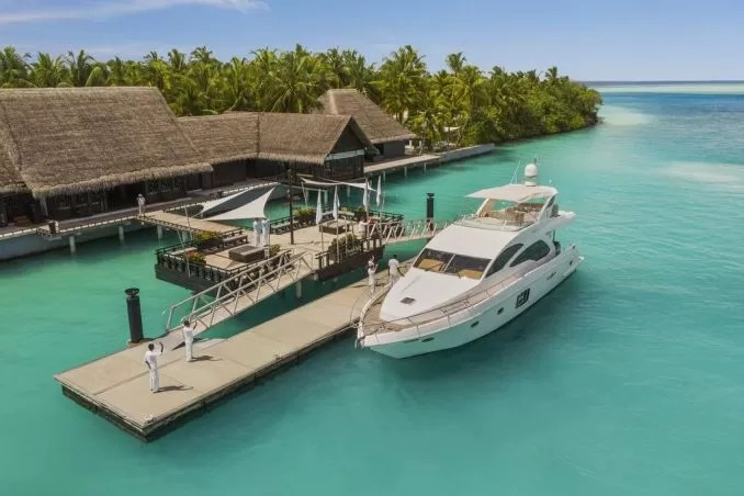 One Only Reethi Rah Maldives e1570868694702 - 20 Best Maldives Resorts For Families And Couples