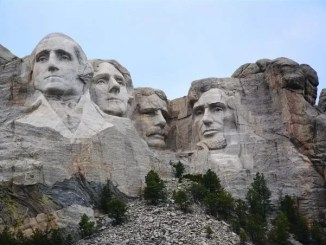 Mount Rushmore Summer Vacation Destination