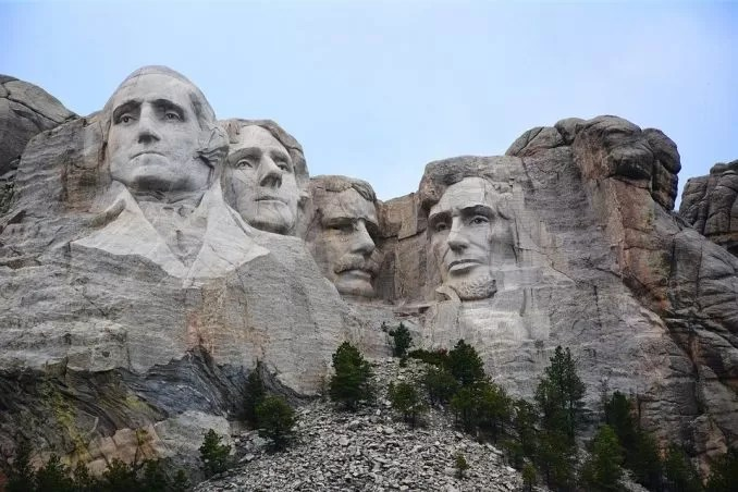 Mount Rushmore South Dakota e1574510559743 - Mount Rushmore, A Perfect Destination for Summer Vacation.