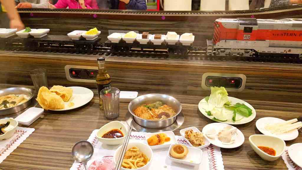 Loop Train Vegetarian Buffet