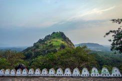 Výhľad z jaskynného chrámu Dambulla