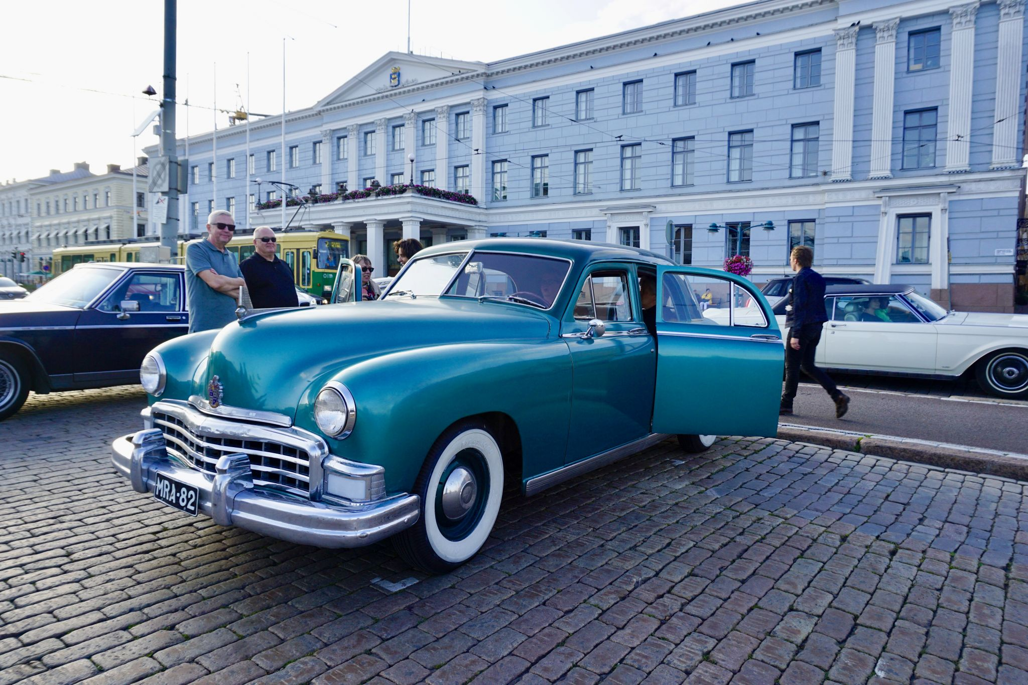 How to see vintage cars in Helsinki